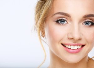 woman smiling blonde hair